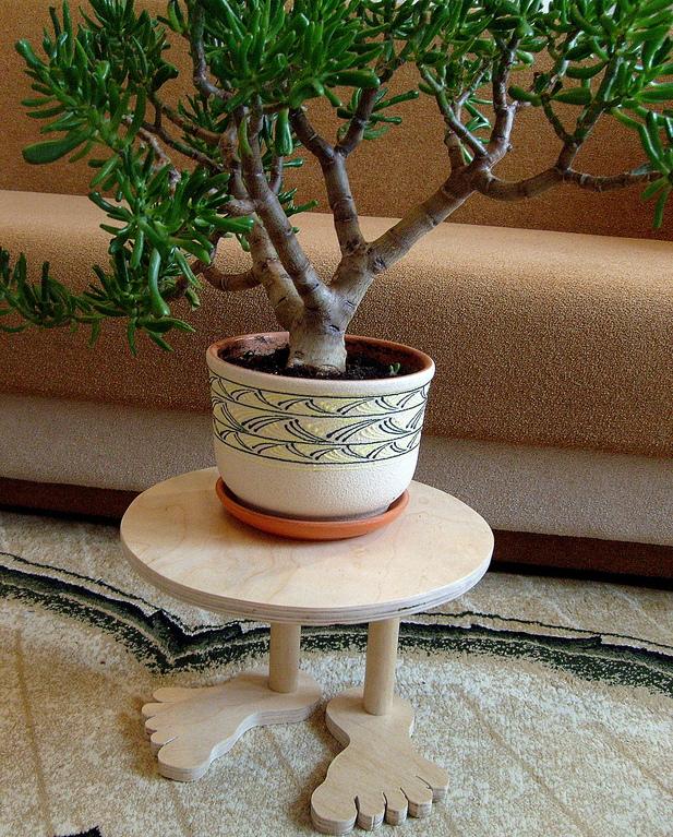 Сделать подставку из дерева для цветов
