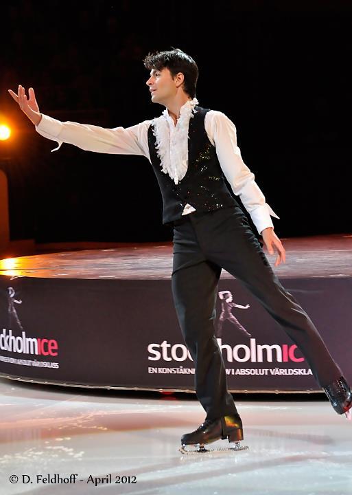 Samia dancing on ice dating kroll