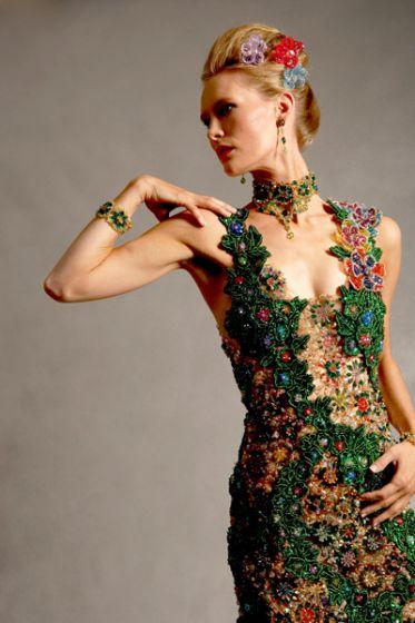 Бисероплетение и не только www.lightreiki.org Платье из бисера.