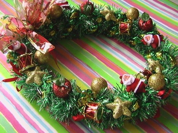 Рождественские венки из мишуры своими руками фото