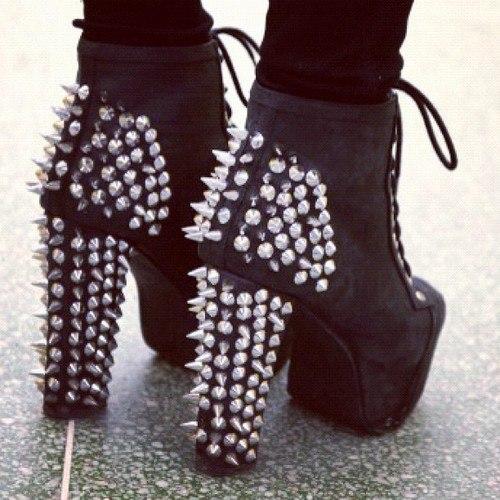 Обувь с шипами своими руками