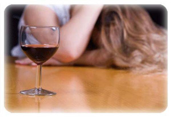Жена постоянно пьет пиво, в день до 3- 6 банок ….она не признает что она пивной алкоголик …посоветуйте что делать или