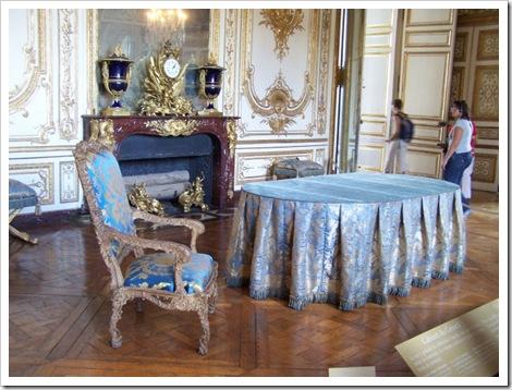 Шикарные интерьеры версаля фото мебель