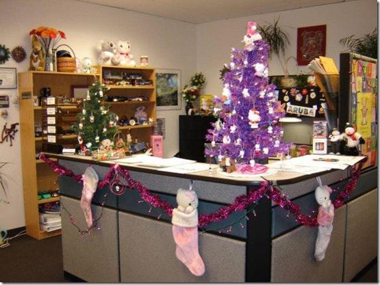 Как украсить офис в Новый год.