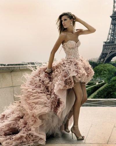 Шикарное платье пышное