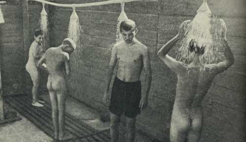 голые мальчики подростки в быту № 36063