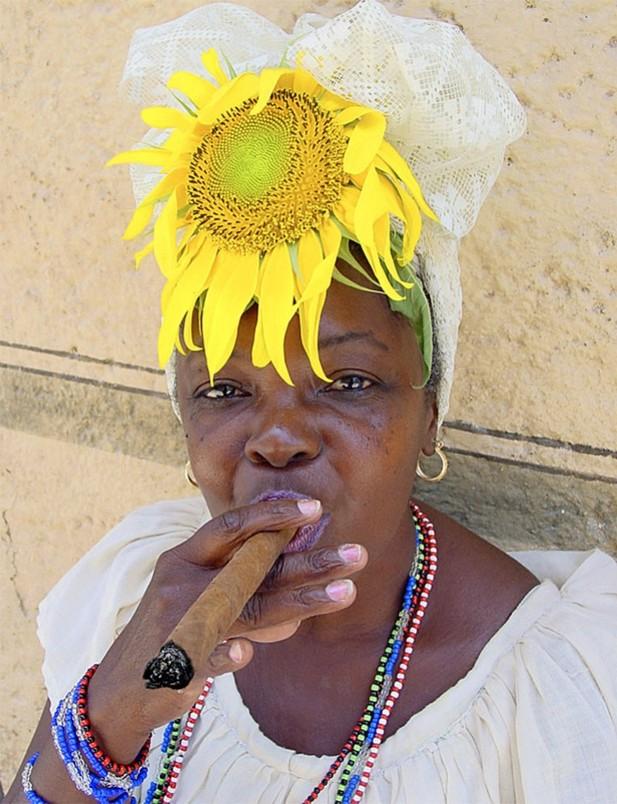 Курящие негритянки