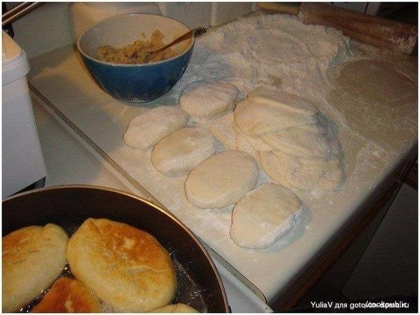 Пирожки на ряженке жареные