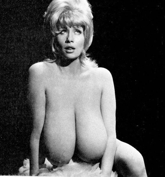 фото ретро большая грудь