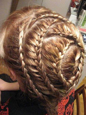 Курсы плетения кос и аквагрим с мамой.