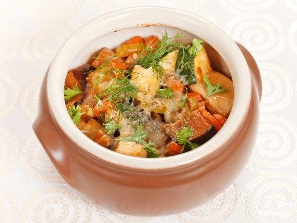 Индейка с овощами в горшочке в духовке рецепт