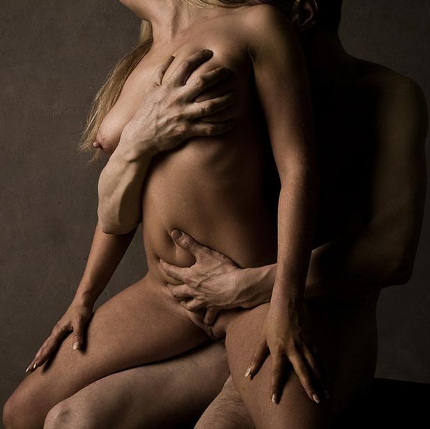 голые мужчины и женщин