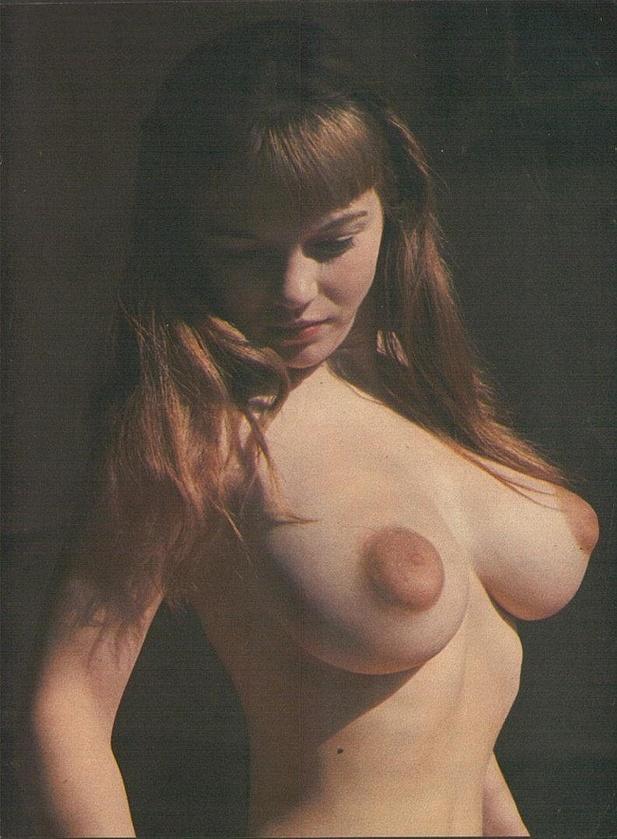 foto-grud-temnie-soski